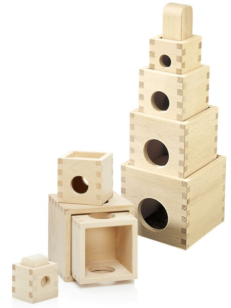 Spielturm zum Stapeln