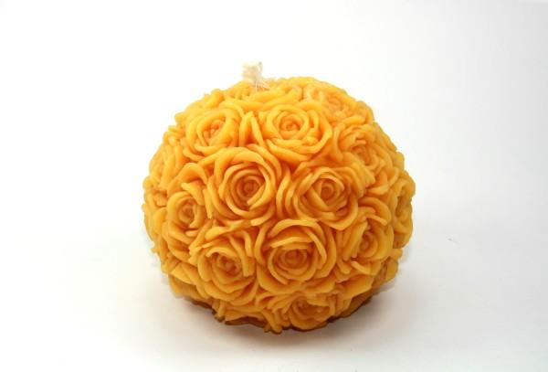 Festliche Rosenkugel